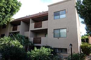 MLS # 5841646 : 3031 CIVIC CENTER UNIT 143