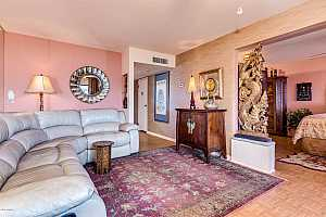 MLS # 5861869 : 4610 68TH UNIT 474