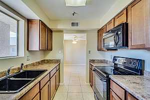 MLS # 5860054 : 7474 EARLL UNIT 317