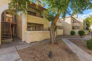MLS # 5867416 : 2935 68TH UNIT 214