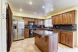 MLS # 5868452 : 6853 OSBORN UNIT E