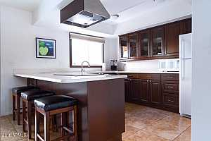 MLS # 5825969 : 6921 OSBORN UNIT A