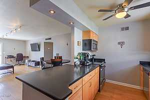 MLS # 5881973 : 4600 68TH UNIT 369