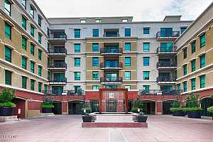 MLS # 5884157 : 6803 MAIN UNIT 3305