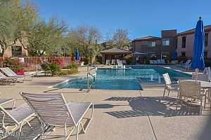 MLS # 5967624 : 16801 94TH UNIT 2007
