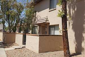 MLS # 5629099 : 17024 CALLE DEL ORO UNIT B