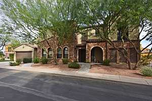 MLS # 5689482 : 20750 87TH UNIT 2052