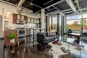 MLS # 5724768 : 4020 SCOTTSDALE UNIT 3010