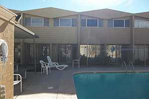 MLS # 5814530 : 825 HAYDEN UNIT C10