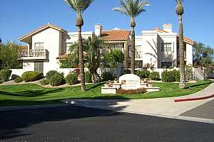 More Details about MLS # 6285459 : 7800 E LINCOLN DRIVE #2079