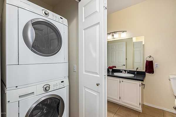 Photo #11 Washer and dryer