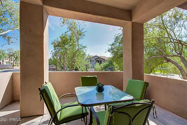Photo #7 014_Covered Patio