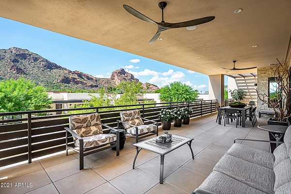 Photo #1 Unobstructed Camelback Views