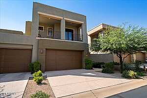 Browse active condo listings in PINNACLE POINTE
